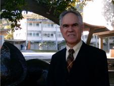 La doctora San Blas, el doctor Claudio Mendoza, la libertad de pensamiento y el delito de opinión / Amalio Belmonte