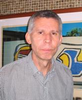 Instituciones económicas, derechos de propiedad e incertidumbre / Carlos J. Peña